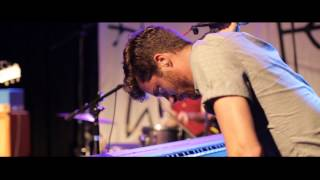"Jukebox the Ghost - ""Somebody To Love (Cover)"" (LIVE)"
