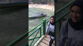 preview picture of video 'FVLOG - TRIP TO PANTAI DATO MAJENE'
