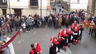 preview picture of video 'Sangüesa, Salida de la Procesión de San Sebastián 2014'