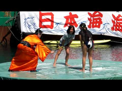 JSがスク水の上から相撲のマワシをするとこうなる。