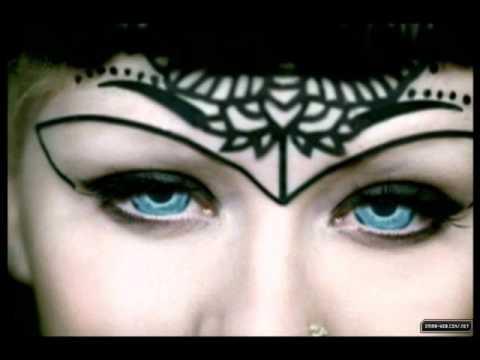Christina Aguilera - Dreamy Eyes (Instrumental)