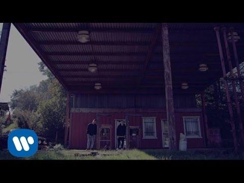 ATMO music - Stíny ft. Chris