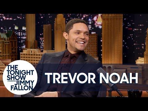 Trevor Noah Turns Donald Trump's Words into a Bad Reggae Song (видео)