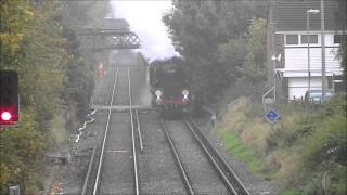 preview picture of video '35028 'Clan Line' & The VSOE Excursion at Chiswick Village, 24/10/12.'