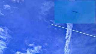 preview picture of video '9.8.2014 - plane sprayed chemtrails + 2x UFO, Teplice, CZ'