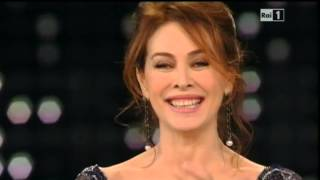 Sanremo 2015 - Elena Sofia Ricci - Quarta Serata 13/02/2015