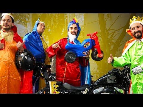 Reyes Magos MOTORIZADOS regalan MOTOS  DE JUGUETE! //PepperoniMotoClub