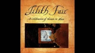 Abra Moore - Four Leaf Clover (Live)