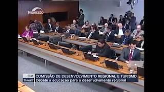 MEC SE AUSENTA DE DEBATE SOBRE EDUCAÇÃO REGIONAL E DESENVOLVIMENTO