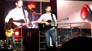 Josh Turner Punching Bag HD