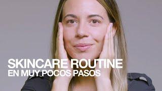 MAC Cosmetics Skincare routine en muy pocos pasos anuncio