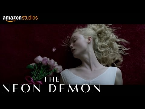 The Neon Demon (TV Spot 'Elegant Review')