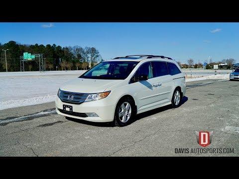 2013 Honda Odyssey Touring Elite: 2013 HONDA ODYSSEY TOURING ELITE / HANDICAP / WHEELCHAIR / ONLY 18K MILES