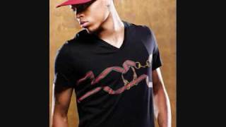 Round Here-Chris Brown Full Version