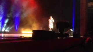 DaNica Shirey sings for fans
