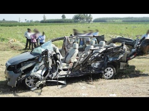 Latest Car Accident Of Toyota Innova In India - Road - Crash - Compilation - 2016 - 2017 - 2018