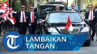 Melintasi Bundaran HI, Jokowi Buka Kaca dan Lambaikan Tangan ke Warga