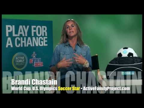 Soccer star Brandi Chastain encourages kids to play! INTERVIEW