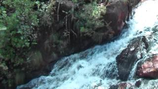 preview picture of video 'The highest waterfall of Cuba Salto del Guayabo in Parque Nacional la Mensura'