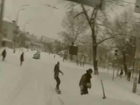 Киевские экстремалы используют непогоду в своих целях