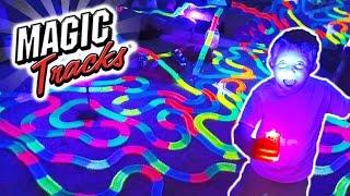 """Гоночный трек гибкая трасса magic track 236 деталей с машинкой от компании """"Магазин Все, Что Нужно"""" - видео"""