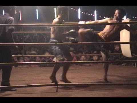 Boxing: hmong vs Thai (muay thai)