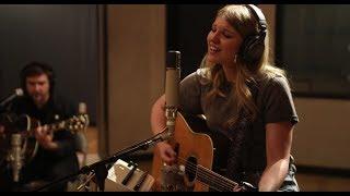 Brynn Elliott - In The Studio (Behind The Scenes)