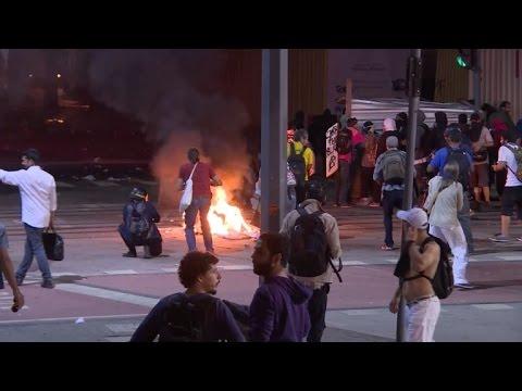Video: Policía y manifestantes de Brasil en protesta contra Temer