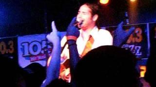 Josh Thompson ~ I Won't Go Crazy  ~ 7-2-10  Live!