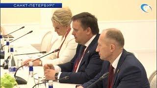 Новгородская делегация принимает участие в Петербургском международном экономическом форуме