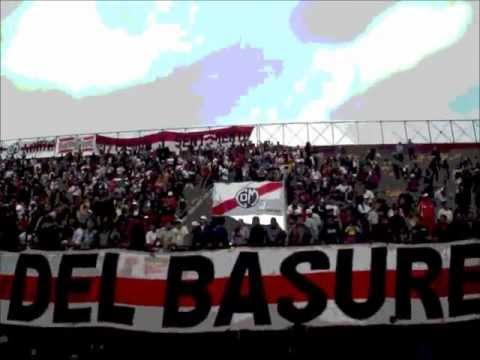 """La Banda del Basurero 2011"" Barra: La Banda del Basurero • Club: Deportivo Municipal"