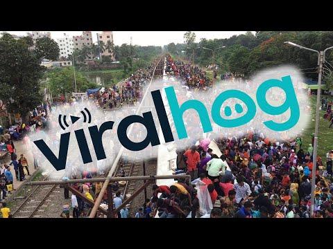 Μπαγκλαντές: Όταν η επιβίβαση στο τρένο μοιάζει με... extreme sport!
