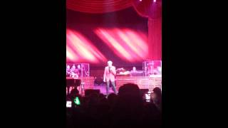 Opening Song - It's a Miracle Barry Manilow Live @ Amway Center, Orlando, FL 01-18-2014