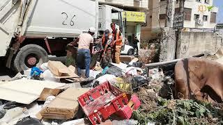 بلدية طولكرم تستجيب بسرعة لمناشدة نشرت على دوز بخصوص تجمع نفايات عند عمارة أمجد بدران