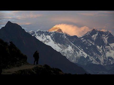 Έβερεστ: Βρέθηκε νεκρός ορειβάτης