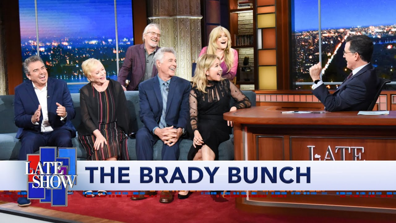 'The Brady Bunch' Cast Wielded Jackhammers For HGTV Series thumbnail