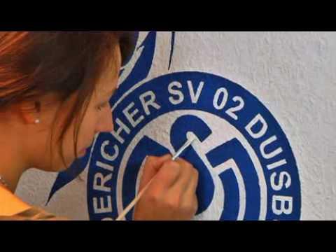 Vereins-Logo an die Wand mit Wallvisions