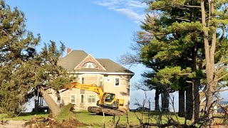 Landscaping A 1917 Farm Mansion