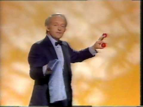 PAUL DANIELS MAGIC SHOW - BILLIARD BALLS