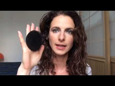 Włosy lepiej rafinowany lub nierafinowany olej kokosowy