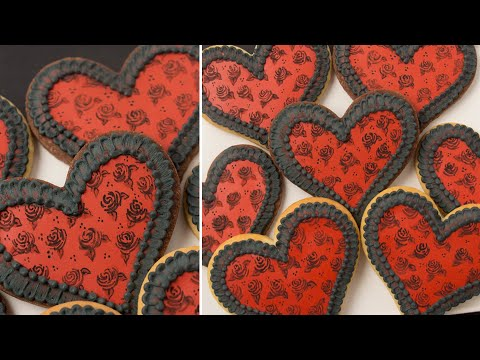 Painting on Cookies | Valentine's Day Cookie Decorating Tutorial