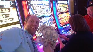 Vegas Fanatics High Limit Lightning Link $25 slot machine pokie pull Handpay jackpot