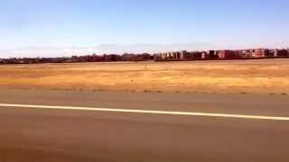 preview picture of video 'Ryanair Plane landing in Aéroport de Marrakech Ménara | مطار مراكش المنارة (RAK) from Madrid (MAD)'