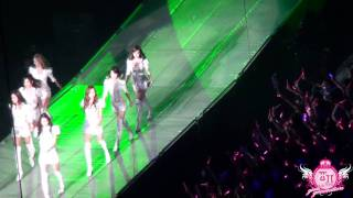 [大酥團] 110909 SNSD - I'm In Love With The Hero @ 2011 Girls'Generation Tour in Taipei (FanCam)