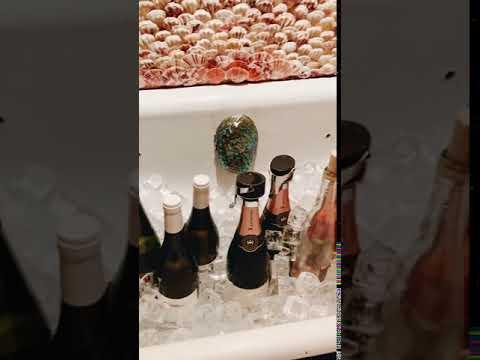 rose wine tub