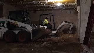 Углубление подвалов мини техникой от компании Минитех - видео