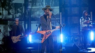 Gary Clark Jr. Performs 'Pearl Cadillac'