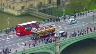 preview picture of video 'View of London City from The London Eye Capsule'