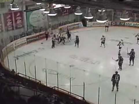 Dylan McIlrath vs. Alex Petrovic
