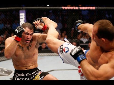 UFC 188: Fight Flashback - Velasquez vs. Dos Santos III